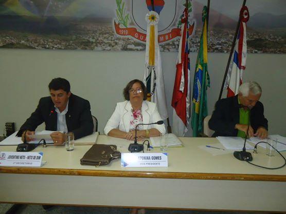 CÂMARA APROVA CONTAS 2012 E PROJETOS DE INTERESSE PÚBLICO