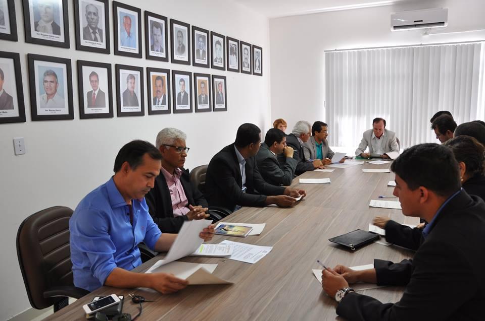 Câmara de Guanambi aprova projetos em sessões extraordinárias