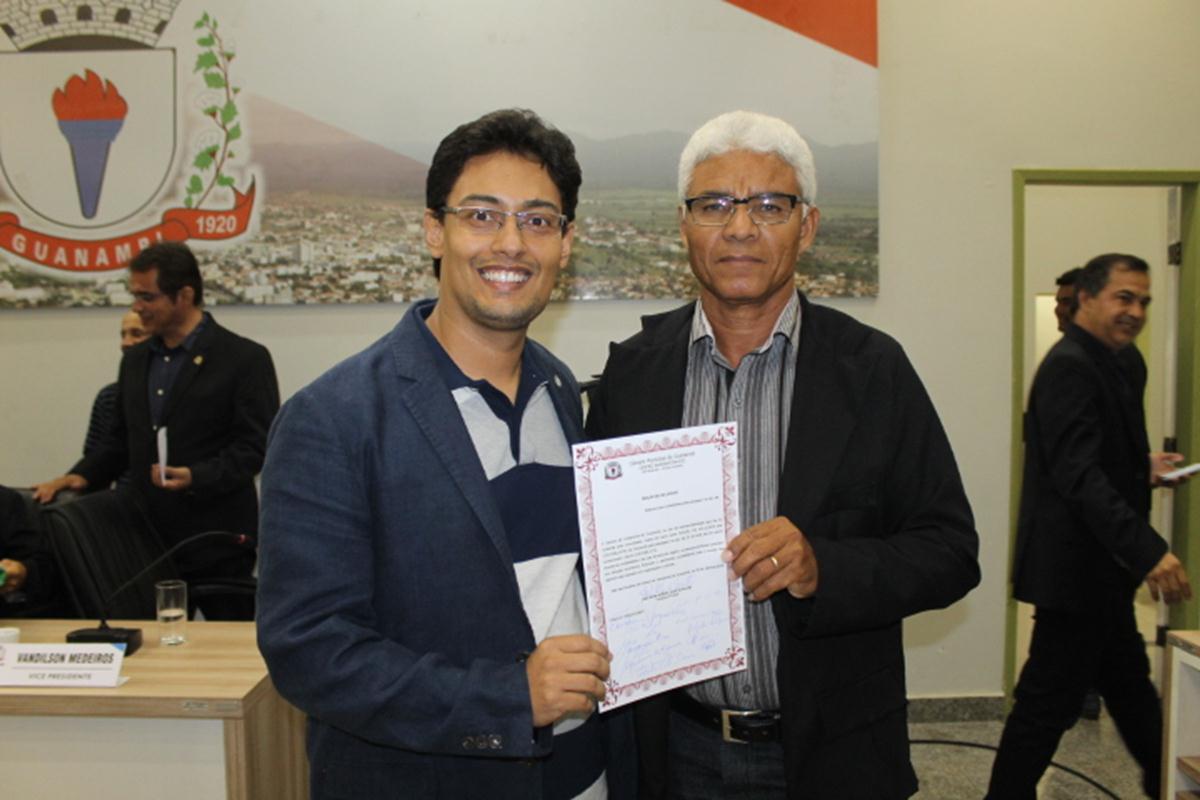 Câmara de Guanambi aprova reajuste para professores
