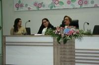 Câmara de Guanambi presta homenagem às mulheres