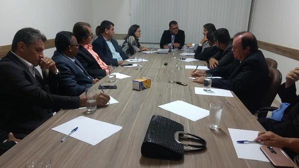 Câmara de Vereadores abre trabalhos legislativos em Guanambi